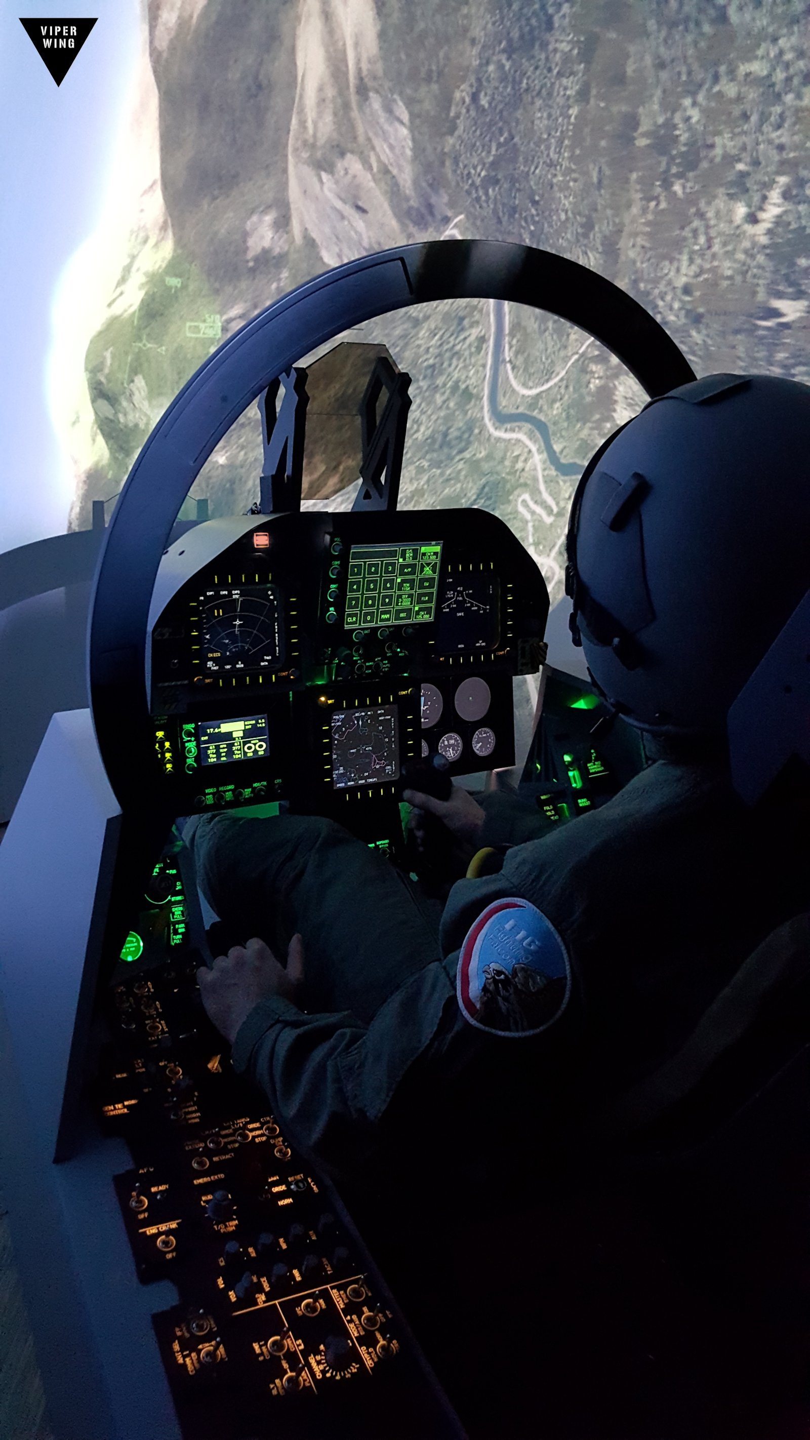 F-18, F/A-18 simulator fighter jet cockpit - all physical ...